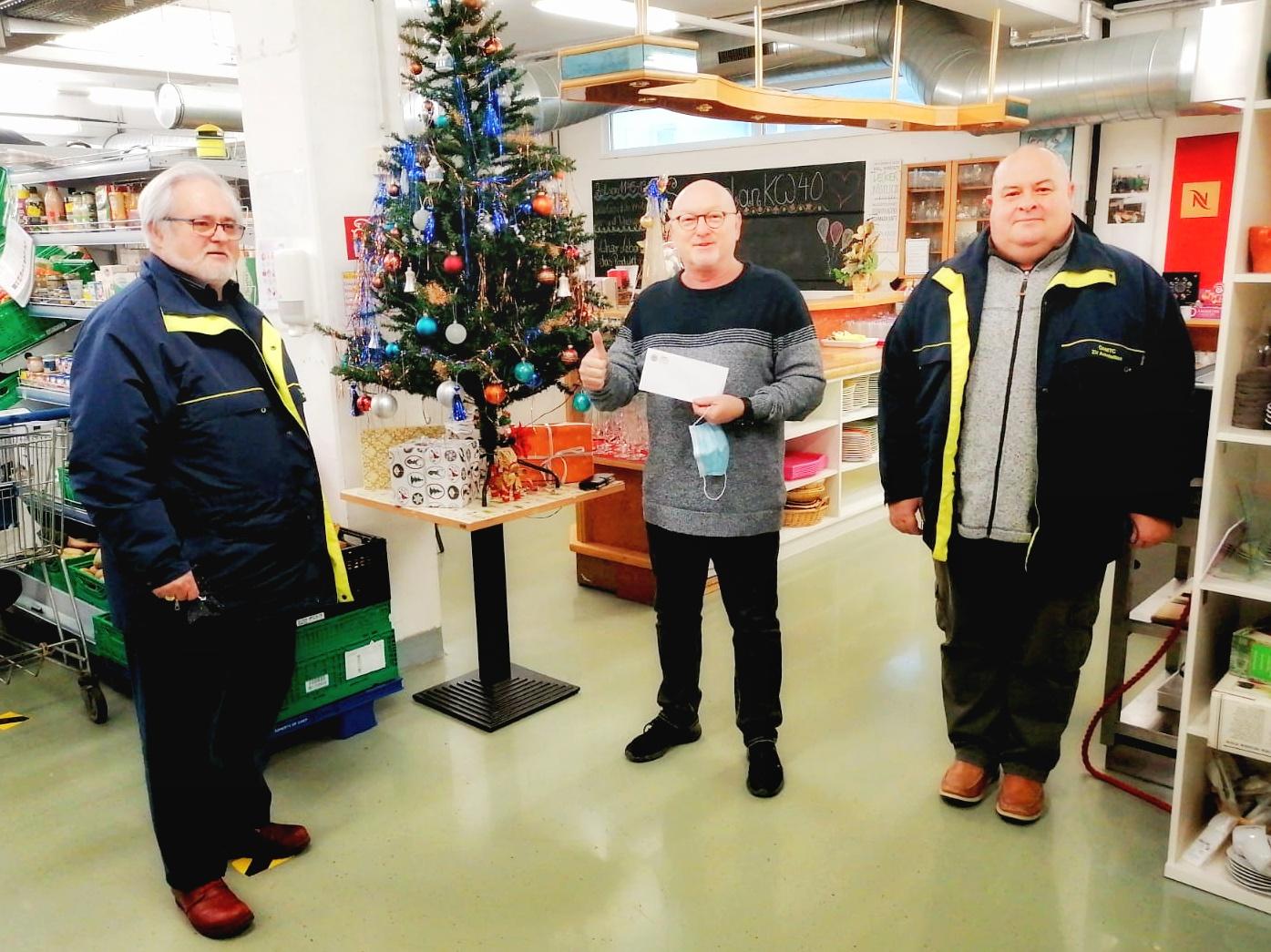 Der ÖAMTC Zweigverein Amstetten überreicht dem soogut-Sozialmarkt in Amstetten eine Spende in der Höhe von 150 Euro.