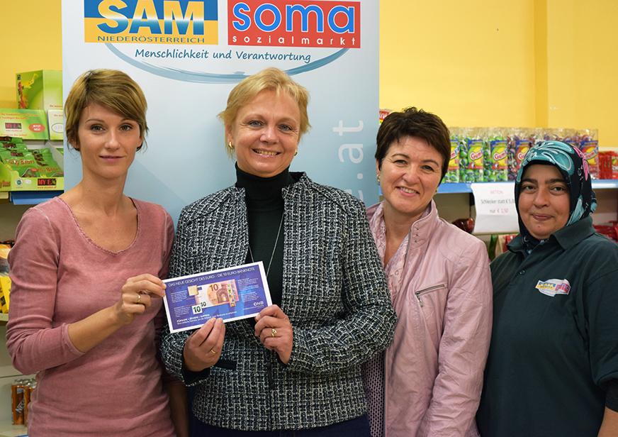 Foto von links nach rechts: Julia Maxa, Andrea Kö, Birgit Distel, Nazife Menekse