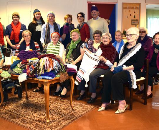 Die Damen aus dem Pflegeheim Barmherzige Brüder strickten für den SOMA Klosterneuburg